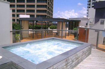 Roof-top spa pool for guests in Sydney